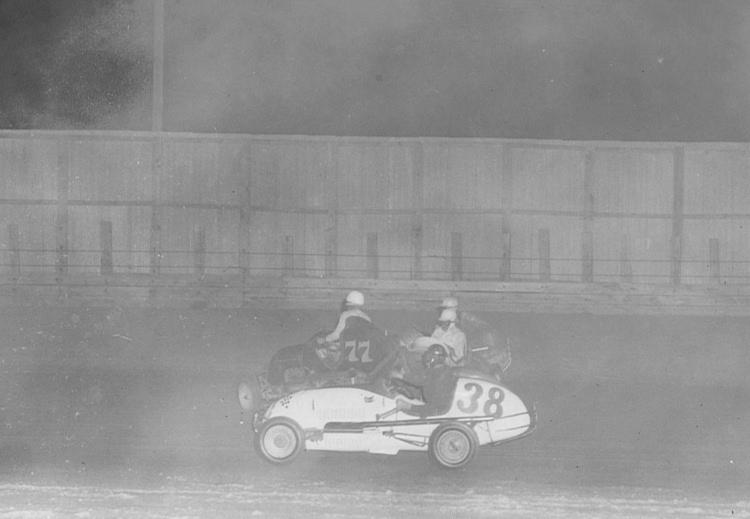 Bill Blalock - Midget race at Peach Bowl