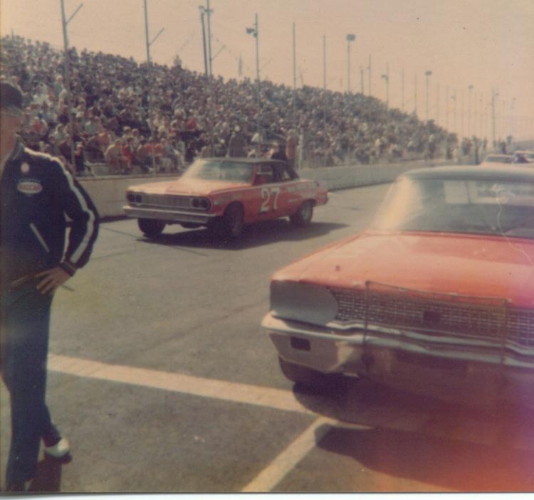 1967_-_(27)_Bruce_Brantley_-_Middle_GA_Raceway_-_Joe_Lee_Johnson_on_Pole