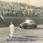 Charlie_Mincey_-_1954_Gainesville_(Looper)_Speedway
